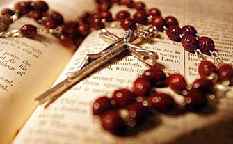 Risultato immagini per recita santo rosario